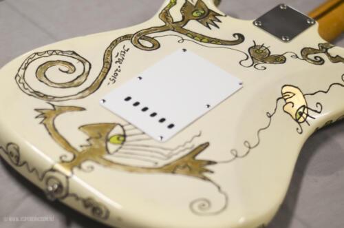 fenderstratocaster50s-14
