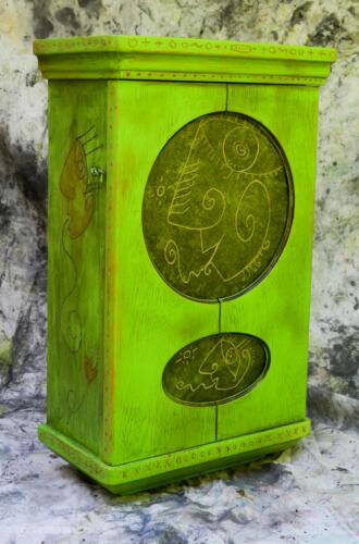 greenclockcab-2